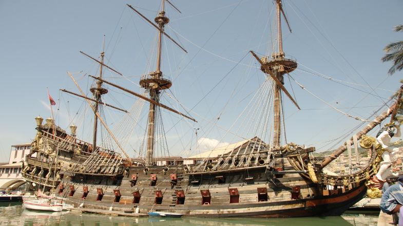 Galeone Neptune al Porto vecchio, Genova